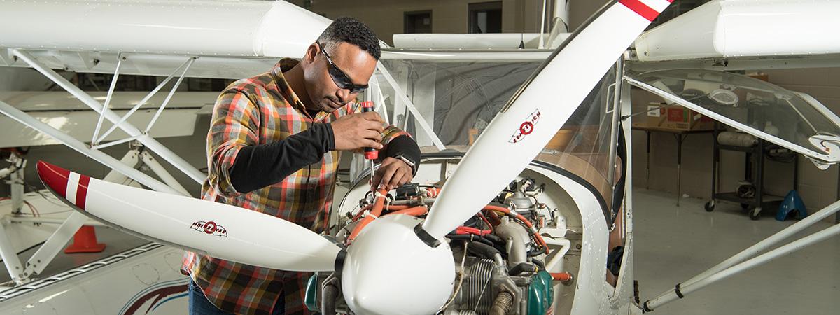 Indian Hills Community College | Aviation Maintenance